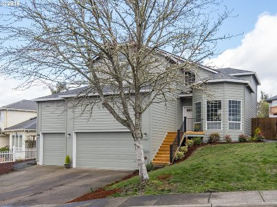 Aloha Single Family Home For Sale: 7550 SW Applegate Dr