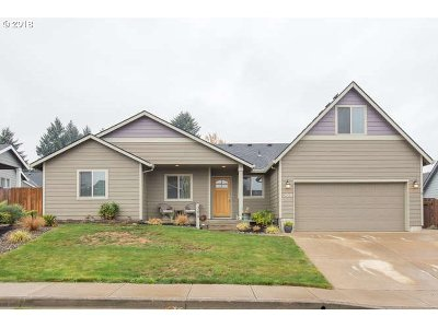 Willamina Single Family Home For Sale: 306 NW Pacific Hills Dr
