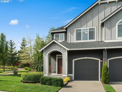 Clackamas Single Family Home For Sale: 15821 SE Swift Ct