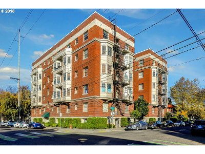 Condo/Townhouse For Sale: 2083 NW Johnson St #2