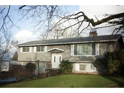 Portland Single Family Home For Sale: 3036 NE 128th Ave