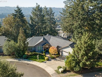West Linn Single Family Home For Sale: 2478 Tipperary Ct