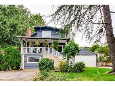 Single Family Home For Sale: 4401 SE Tenino St