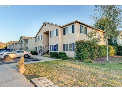 Medford Single Family Home For Sale: 2150 Crater Lake Ave