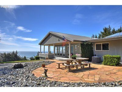 Gold Beach Single Family Home For Sale: 25327 Cape View Loop