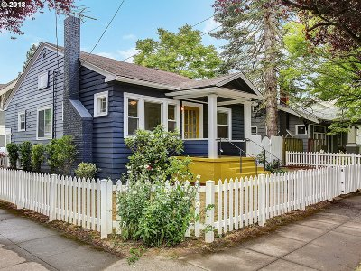 Single Family Home For Sale: 4026 SE Lincoln St