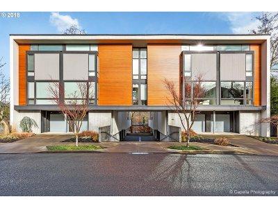 Portland Condo/Townhouse For Sale: 245 SW Meade St #C4