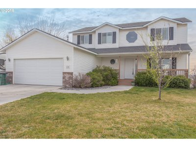 Hermiston Single Family Home For Sale: 456 NE Skyview Ct