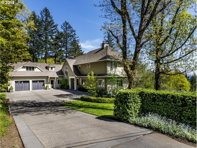 Multnomah County Single Family Home For Sale: 4934 SW Hewett Blvd