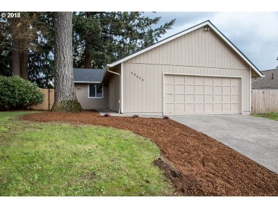 Single Family Home For Sale: 39620 Gary St