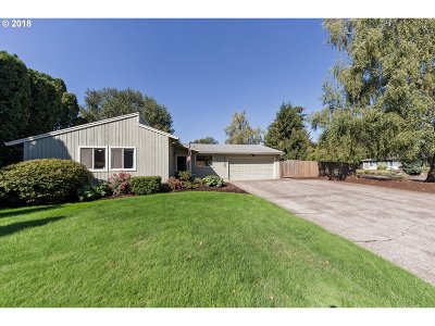 Canby Single Family Home For Sale: 1135 S Ivy Ct