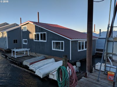 Single Family Home For Sale: 7005 NE Marine Dr