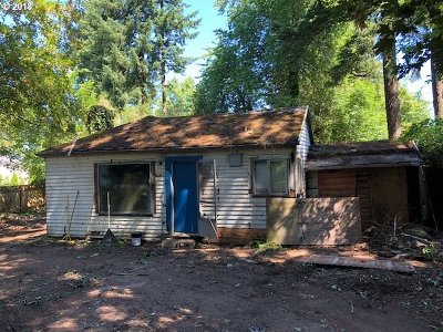 Single Family Home For Sale: 4525 SW Arnold St