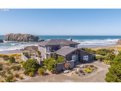 Bandon Single Family Home For Sale: 54196 Gould Road