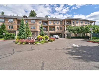 Sherwood, King City Condo/Townhouse For Sale: 20510 SW Roy Rogers Rd #201