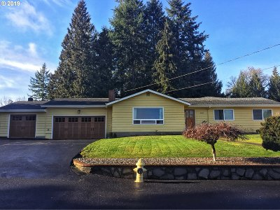 Scappoose Single Family Home For Sale: 52011 SW Bonnie Ln