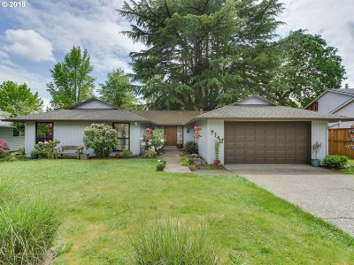 Beaverton Single Family Home For Sale: 9140 SW Parkview Loop