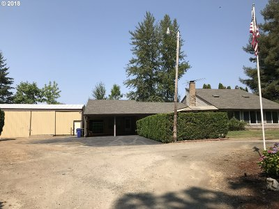 Molalla Single Family Home For Sale: 1221 W Main St