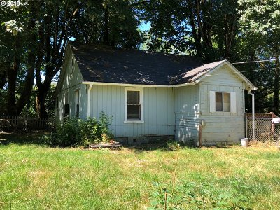 Willamina Single Family Home For Sale: 24990 Yamhill River Rd