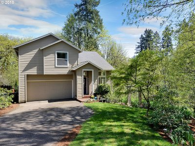 Oregon City Single Family Home For Sale: 13826 Canyon Ct