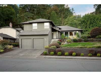West Linn Single Family Home For Sale: 18180 Upper Midhill Dr
