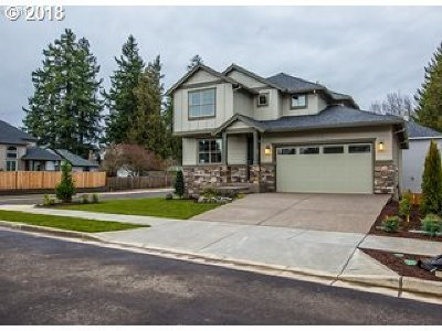 Tigard Single Family Home For Sale: 8031 Barnum St