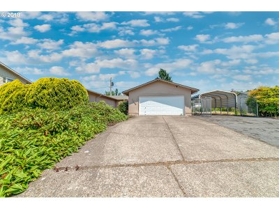Eugene Single Family Home For Sale: 3595 Oxbow Way