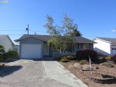 Woodburn Single Family Home For Sale: 1445 Umpqua Rd
