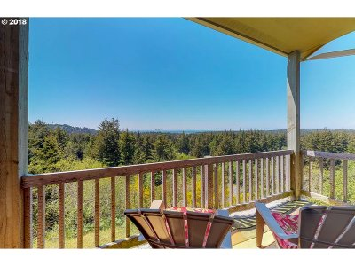 Port Orford Single Family Home For Sale: 1985 Dee Tr