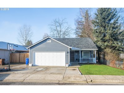 Oregon City Single Family Home For Sale: 16463 Frederick St