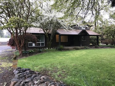 Springfield Single Family Home For Sale: 38702 Camp Creek Rd