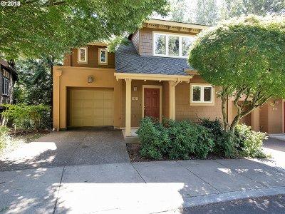 Portland Single Family Home For Sale: 2123 NW Cedar View Ln