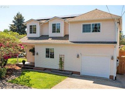 Single Family Home For Sale: 9571 N Calhoun Ave