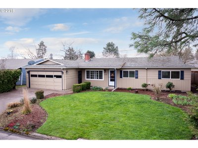 Single Family Home For Sale: 13560 SW Logan St