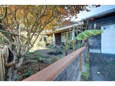 Cannon Beach Single Family Home For Sale: 339 S Hemlock St