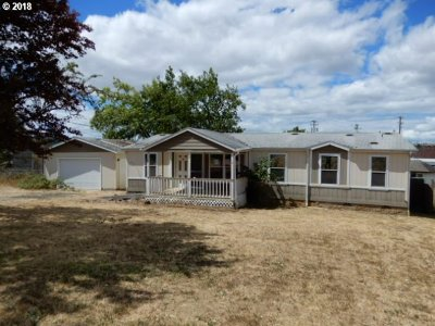 Oakland Single Family Home For Sale: 639 Old Town Loop Rd