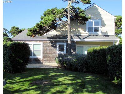 Bandon Single Family Home For Sale: 1415 Alder Ct