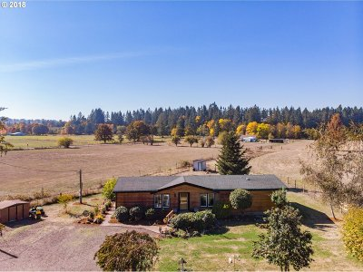 Scio Single Family Home For Sale: 35619 Meridian Rd