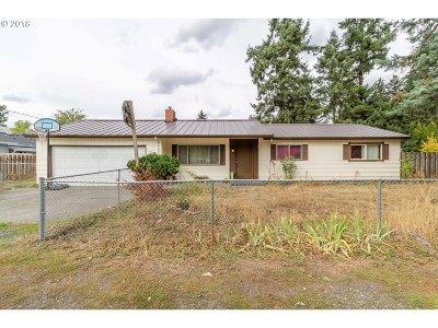 Portland Single Family Home For Sale: 12709 SE Ramona St