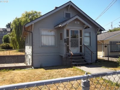 Coos Bay Single Family Home For Sale: 853 S 4th