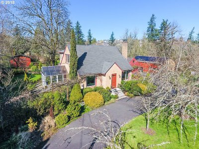 Clackamas County, Multnomah County, Washington County Single Family Home For Sale: 7701 SE 162nd Ave