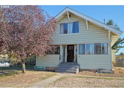 Molalla Single Family Home For Sale: 309 S Swiegle Ave