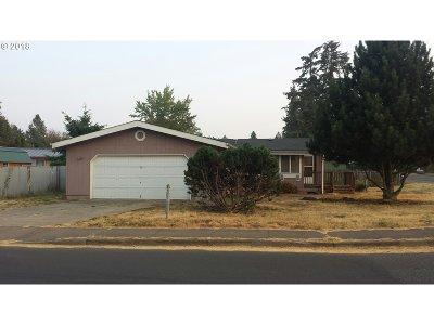 Veneta Single Family Home For Sale: 87957 Territorial Rd