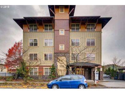 Condo/Townhouse For Sale: 400 NE 100th Ave #310
