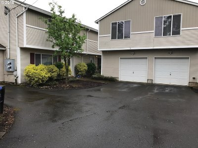 Clackamas County, Multnomah County, Washington County Multi Family Home For Sale: 11836 SE Pardee St