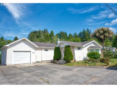 Coos Bay Single Family Home For Sale: 1242 N 8th