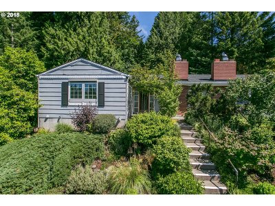 Portland Single Family Home For Sale: 3641 SW 52nd Pl