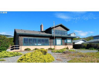 Gold Beach OR Single Family Home For Sale: $545,000