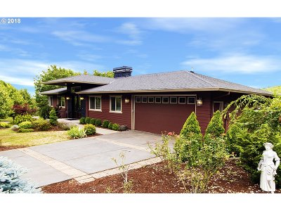 Portland Single Family Home For Sale: 15107 NW Red Cedar Ct