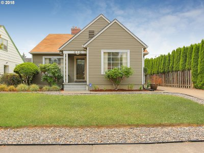 Clackamas County, Multnomah County, Washington County Single Family Home For Sale: 416 N Russet St